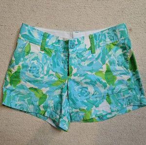LILLY Pulitzer Blue Rose Print Callahan Shorts